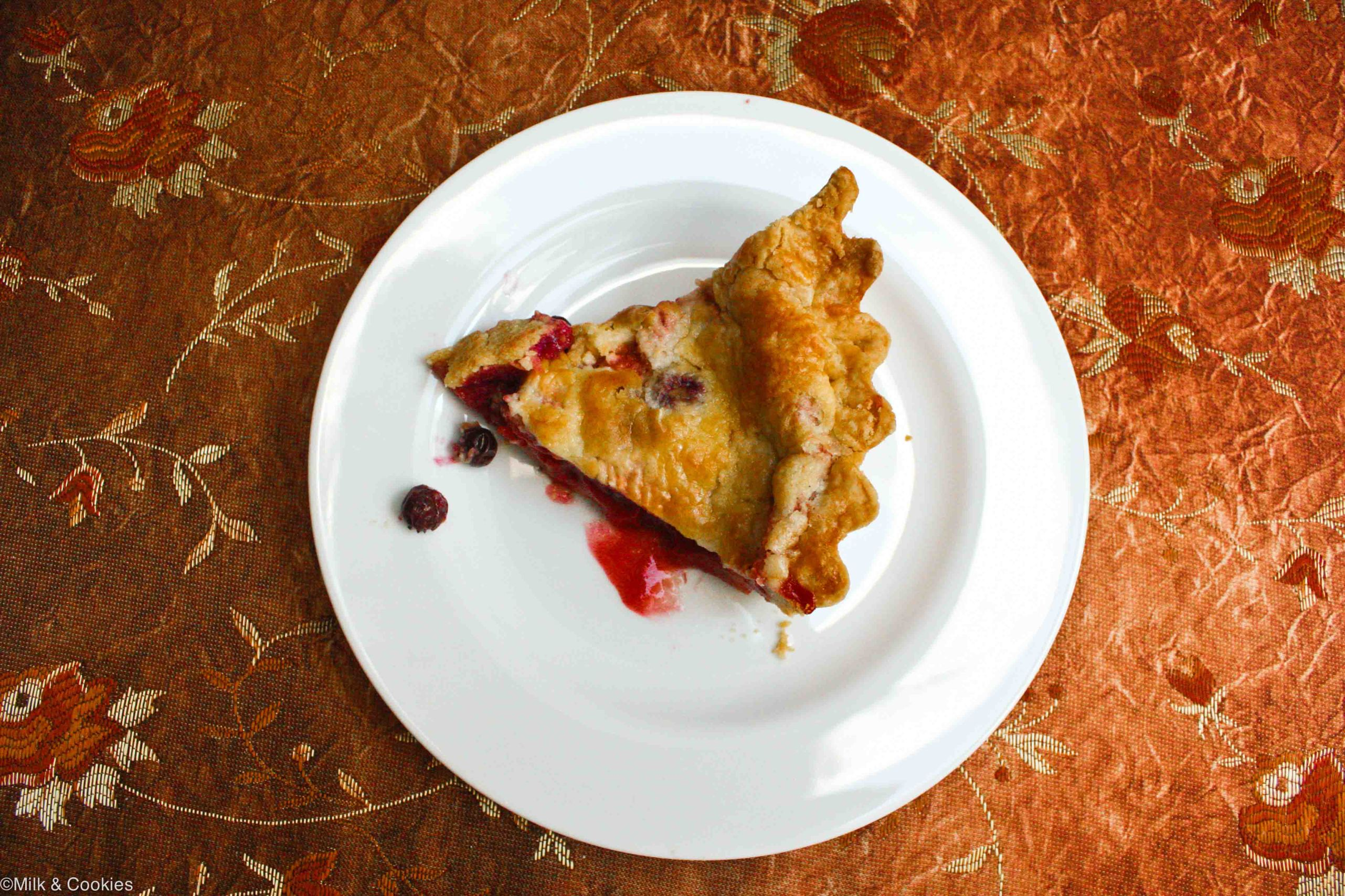 Blueberry and strawberry pie recipe   Milk and Cookies