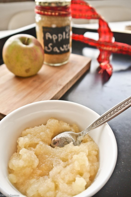 Homemade applesauce recipe | Milk and Cookies