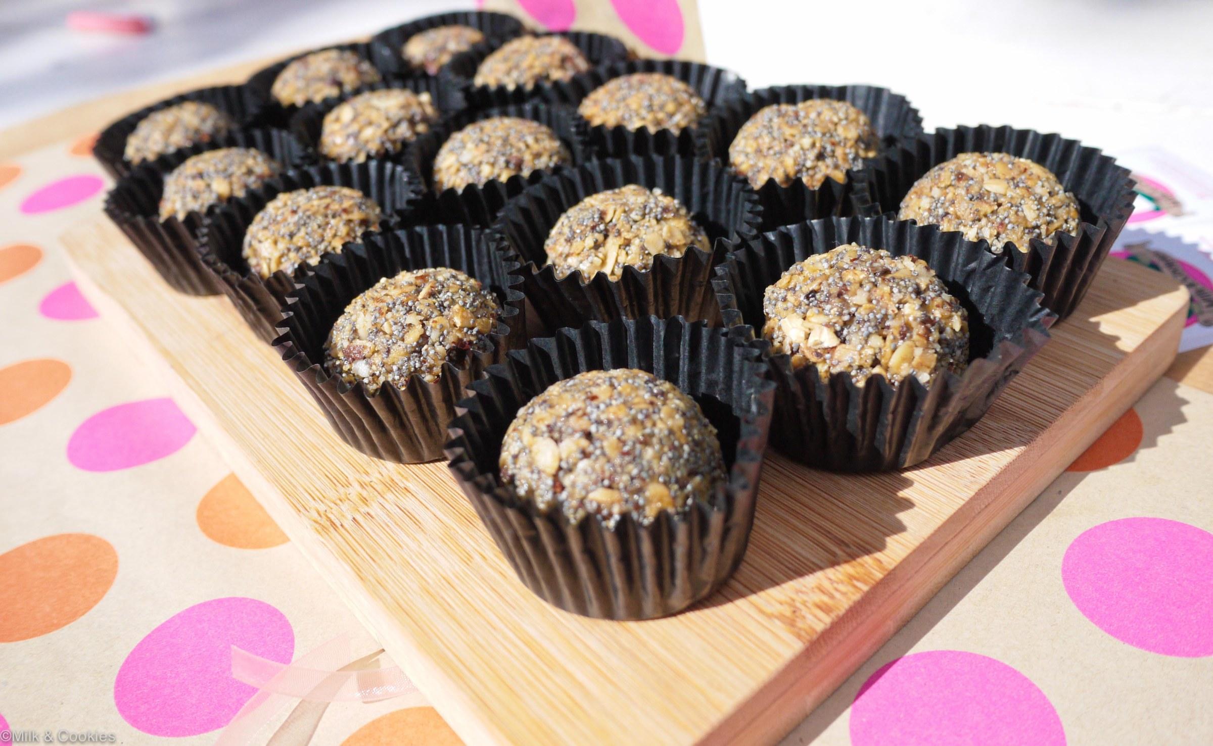 Granola muesli healthy balls recipe   Milk and Cookies SA