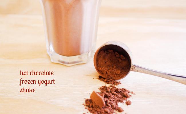 hot chocolate frozen yogurt shake MIlk and Cookies SA